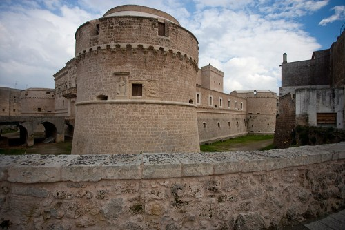 castle of otranto essays View the castle of otranto research papers on academiaedu for free.